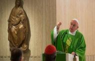 Vão à Missa, mas não vivem como cristãos