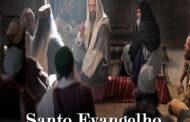 Os espíritos maus gritavam: 'Tu és o Filho de Deus!' Mas ele ordenava severamente para não dizerem quem ele era.