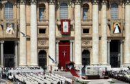 Papa Francisco canoniza dois novos santos